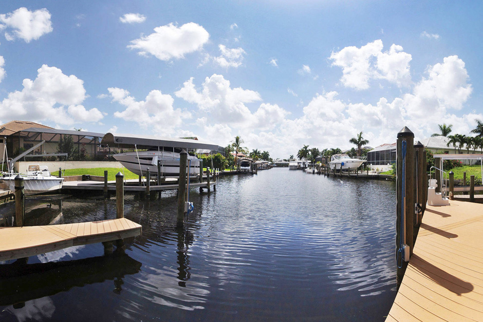 House Sunshine Florida Vacation Rental Home Cape Coral